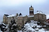 Památky jsou z důvodu pandemie koronaviru uzavřené, ale i tak nemusíte zoufat. Například hrad Loket si můžete prohlédnout z pohodlí svého domova pomocí aplikace Virtualtravel.