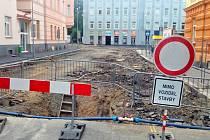 Rekonstrukce ulic v centru Chebu potrvá do listopadu.