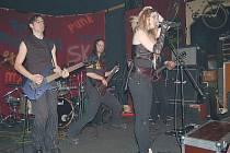 Klub Morrison v Mariánských Lázních je dějištěm koncertů hudebních skupin. Teď se však změnil na galerii.