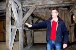 DO MĚSTA CHEBU zavítalo během turistické sezony více lidí. Jedním z lákadel jsou i chebské krovy.