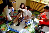 Žáci z Chebska a Sokolovska se učili správně poskytovat první pomoc.