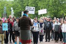 Demonstrace v Mariánských Lázních.