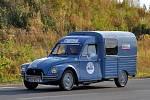 Průjezd historických vozidel Citroen 2CV ´Kachna´ Chebskem