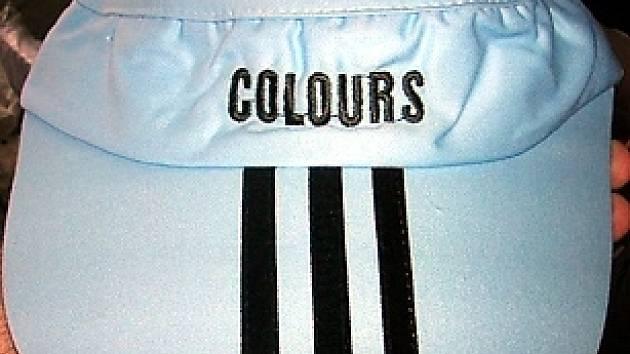 Příklad zboží označeného falešnou výrobní značkou.