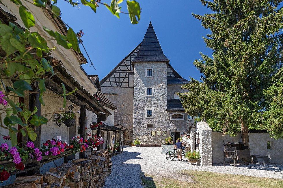 Jeden z nejstarších hradů na našem území slaví významné dvacáté jubileum ve své novodobé historii. Hrad Vildštejn je opředen zajímavým osudem a zajímavých historických i novodobých osobností.
