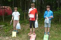 Mezi mladšími žáky v kategorii H12 zvítězil v sobotu Marek Štěrba (K. Vary) před Ondřejem Kurzem (Plzeň) a Jonášem Černým (Mar. Lázně).