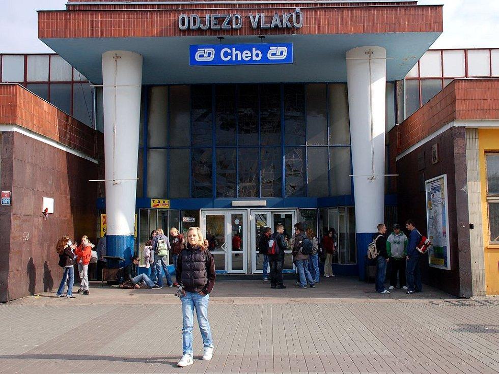 Vstup do haly chebského vlakového nádraží