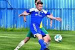 Nejdecký FK udolal před svými fanoušky Františkovy Lázně (ve žlutém) v poměru 2:1.