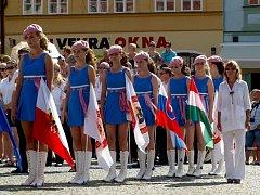 Zahájení 20. ročníku festivalu mládežnických dechových orchestrů a mažoretkových skupin FIJO 2012.