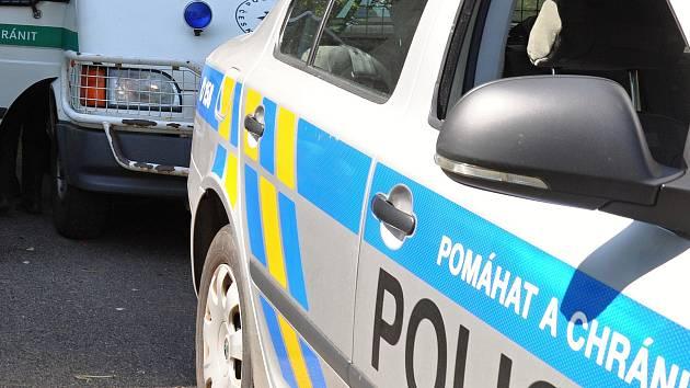 Policejní hlídka zadržela muže bezprostředně po činu.