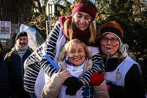 Přes tři stovky lidí vyrazilo na 1100 metrů dlouhou trať v centru Františkových Lázní