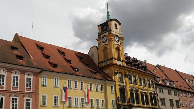 Budova chebské radnice.