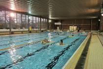 Plavecký bazén v Aši je velmi oblíbeným cílem pro sportovní, ale i rekreační vodní radovánky. Modernizace probíhá už řadu let a teď přijde na řadu i krytý bazén.