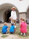 Tradiční historický jarmark s kulturním programem se o víkendu konal na hradě Seeberg nedaleko Františkových Lázní.