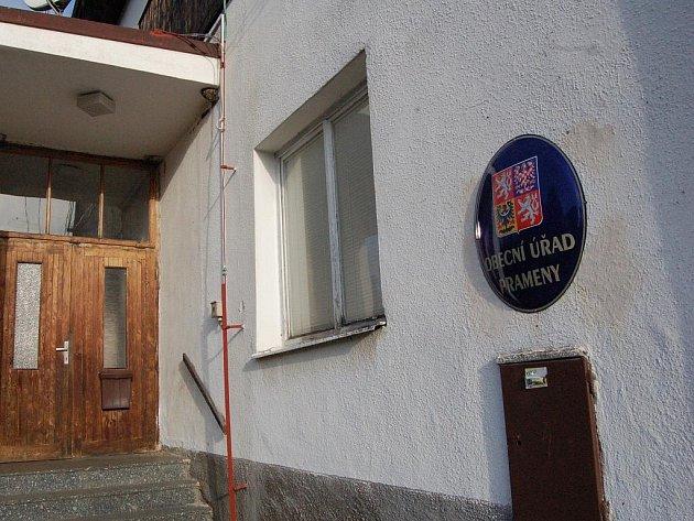 Obec Prameny.