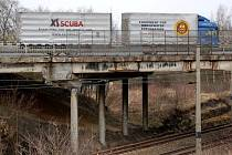 Dlouhých pět měsíců bude trvat úplná uzavírka silnice II/606 kvůli rekonstrukci mostu přes železniční trať. Jedná se o jednu z hlavních příjezdových komunikací do města