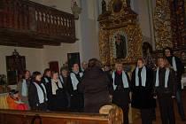 Pomoci malému devítiletému chlapci přišli lidé do kostela Povýšení svatého kříže v Hazlově.