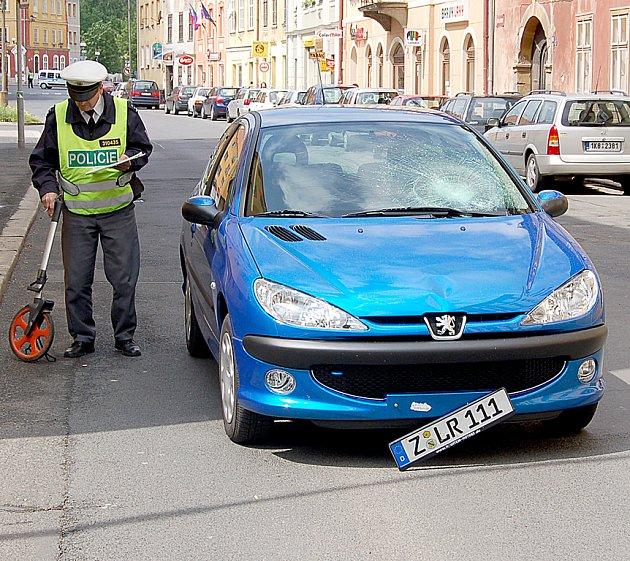 Ilustrační foto: Dopravní nehoda na Kasárním náměstí v Chebu