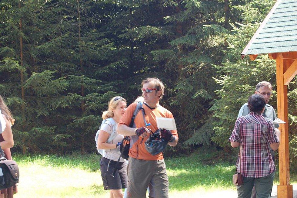 Farský pramen nedaleko přírodní rezervace Smraďoch u Mariánských Lázní,  se může pochlubit novým vzhledem.