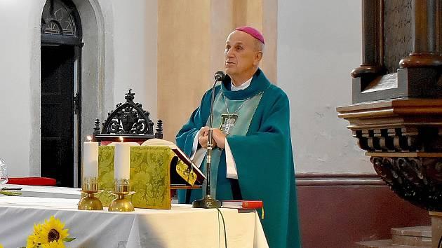 Biskup František Radkovský má za sebou 50 let kněžského svěcení.
