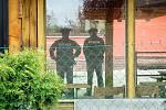 Tragédie otřásla Podhradem u Chebu. V tamním penzionu Miroslava Sabadina našla provozovatelova 66letá manželka mrtvého 39letého Němce a jeho dvě děti ve věku pět a sedm let.
