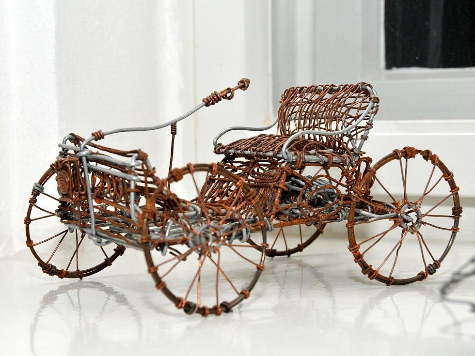 Několik druhů drátkovaných objektů mohou lidé spatřit v ašském muzeu.