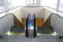 Na chebském nádraží, které bylo několik měsíců v rekonstrukci, začaly jezdit nové eskalátory.