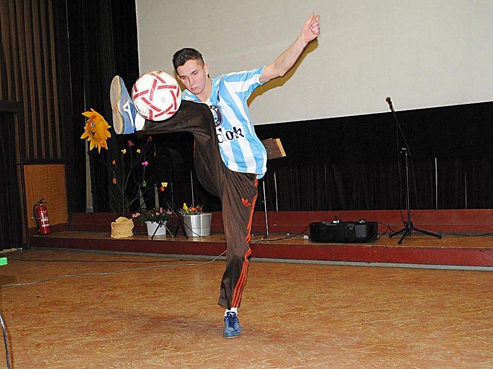 Dětský domov Plesná uspořádal prezentaci s názvem Sluníčkový den