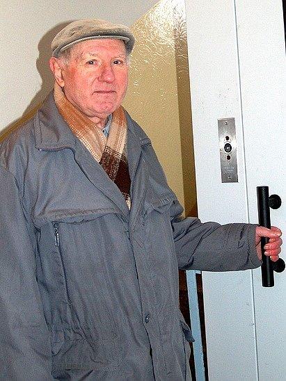 Josef Babický se už nemůže dočkat fungujícího výtahu