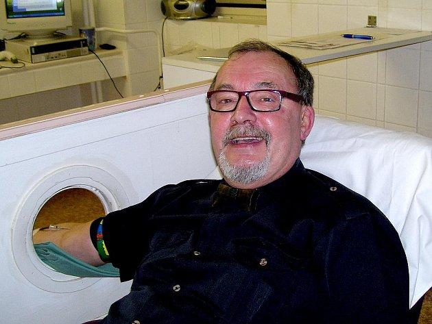 Mezi dárci nechyběl ani otec Kýblu akademické krve a bývalý odborný asistent na fakultě Libor Michalák.