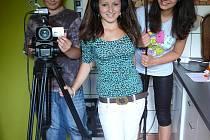 Ze školáků se na chvíli stali filmaři.