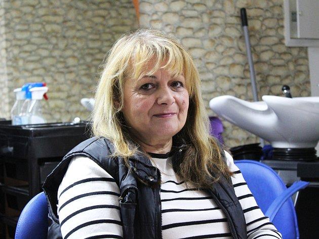 SCrohnovou chorobou bojuje šestapadesátiletá kadeřnice Ilona Lazúrová zChebu už 15let.