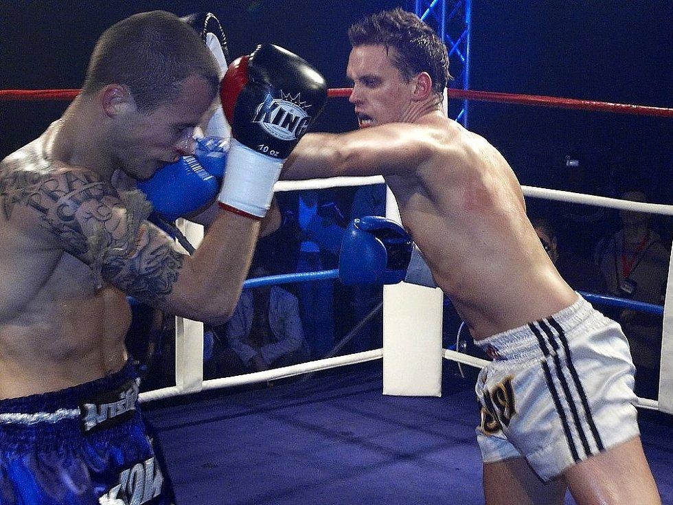 Galavečer thajského boxu v Mariánských Lázních - Marpo - Šťastný