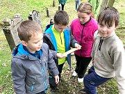 BULDOČÍ HON. Děti na akci, kterou pro ně připravila neziskovka Traicont, plnily zapeklité úkoly.