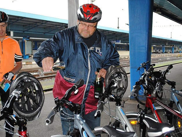 Poslední školní den si na cyklovýlet vyjel i náměstek hejtmana Petr Navrátil.