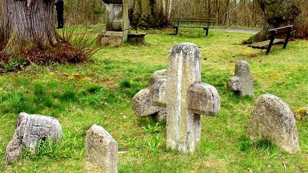 PARK ČEKÁ REVITALIZACE. Nadační fond Historický Cheb má v plánu ještě letos zkrášlit malý park u chebské městské části Podhrad. Náklady budou kolem 100 tisíc korun.