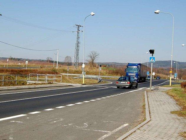 Na průtahu silnice č. I/21 obcí Vojtanov chybí dopravní značení začátek a konec obce