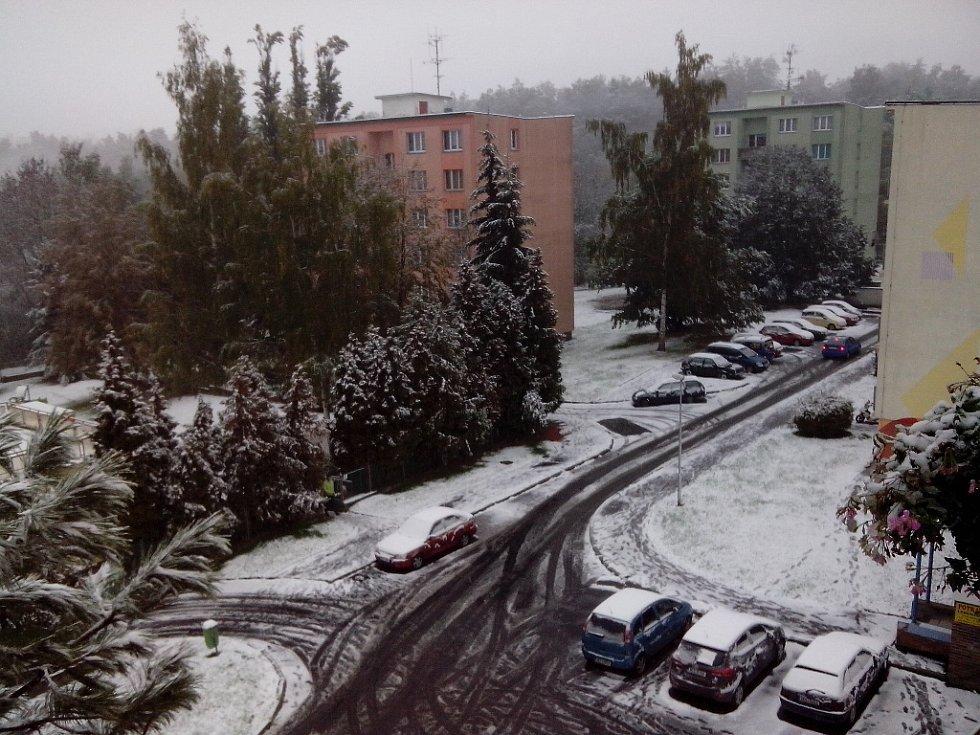 Chebsko zasypal v říjnu sníh.