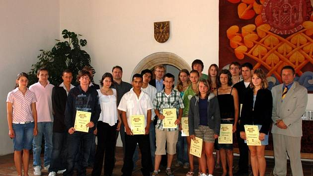 Slavnostní ocenění mladých chebských sportovců na radnici