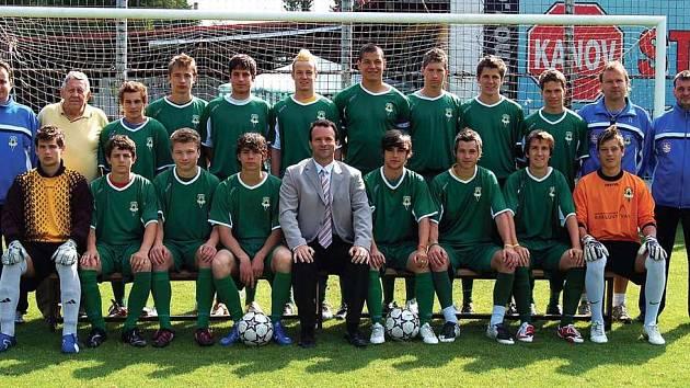 FC Buldoci Karlovy Vary. Bronzový tým dorostenecké divize 2007/2008.