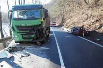 Místo nehody poblíž Stráže nad Ohří.
