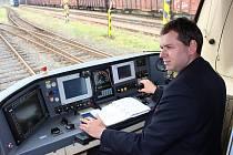 Strojvedoucí Milan Čapek představil většinu lokomotiv a motorových vozů, se kterými jezdí.