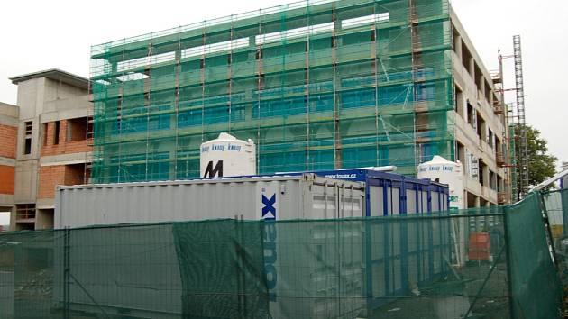 Stavba pavilonu urgentní medicíny.