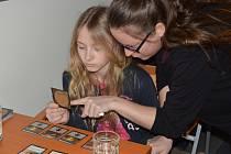 Devátý ročník Festivalu her se konal v A-klubu Krajské knihovny Karlovy Vary.