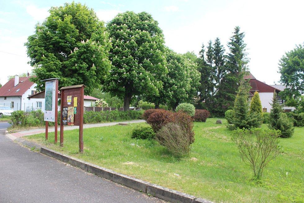 Míst k setkávání je v Otovicích hodně, oficiální centrum tu ale schází.