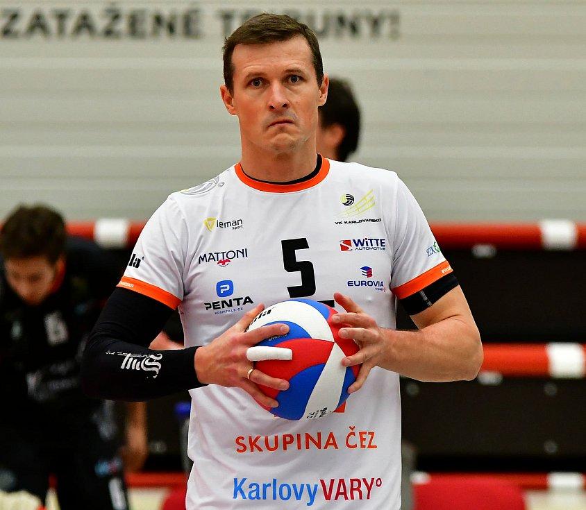 Lukáš Ticháček, nahrávač a kapitán VK ČEZ Karlovarsko.