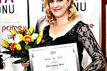 JANA ŠPERLOVÁ z Karlových Varů získala ocenění Žena regionu v loňském roce za svůj projekt Svatošky dětský ráj.  V minulých letech byly mezi oceněnými například také sokolovská veterinářka Václava Molcarová či vedoucí Ostrovského Macíka Hana Šimková