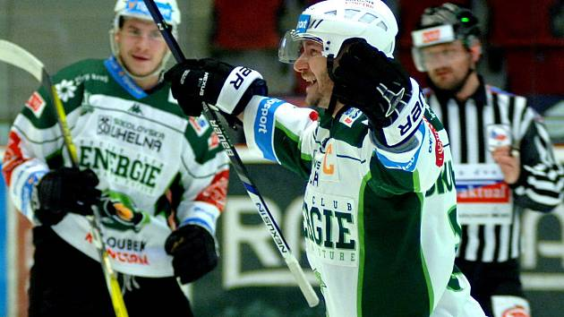 Kolikrát se budou hokejisté HC Energie radovat ze vstřeleného gólu? Odpověď je zatím neznámá.