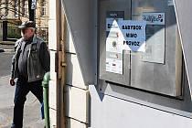 PRVNÍ PŘÍČKU MEZI nejvíce likvidovanými schránkami drží v republice právě Karlovy Vary. Druhý je Cheb.