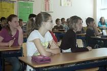 Desítky učitelů patrně čeká odchod kvůli nesplnění kvalifikačních požadavků.